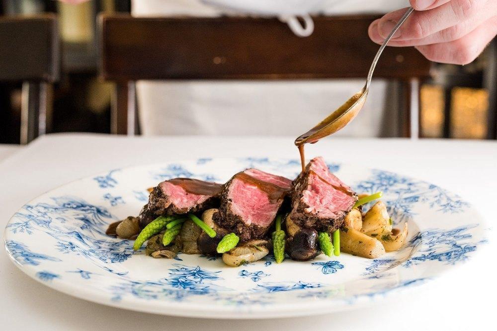 Achetez un certificat cadeau pour encourager vos restaurants préférés!